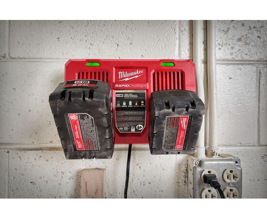 Быстрое зарядное устройство на два порта Milwaukee M18 DFC - 4932472073, фото , изображение 16