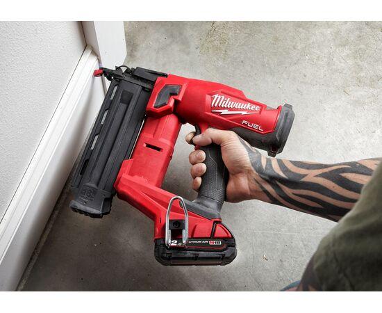 Аккумуляторный гвоздезабиватель Milwaukee M18 FUEL™ FN18GS-202X - 4933471407, фото , изображение 5