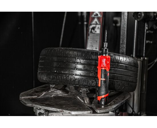 Низкоскоростная машина для полировки шин Milwaukee M12 FUEL FTB-0 - 4933472215, фото , изображение 11