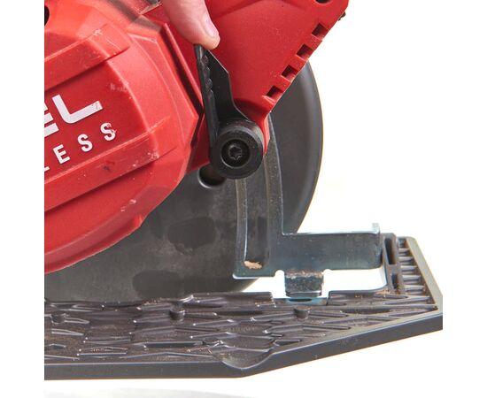 Аккумуляторная циркулярная пила по дереву и пластику Milwaukee M18 FCS66-0 - 4933471376, фото , изображение 5