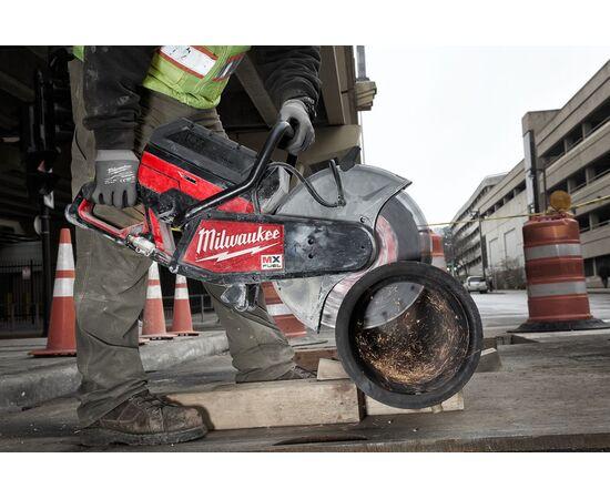 Отрезная машина - бетонорез Milwaukee MX FUEL MXF COS350-601 (замена бензореза) - 4933471833, фото , изображение 11